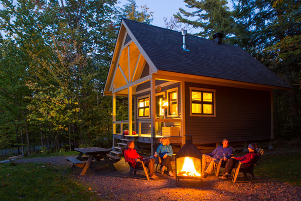 Image de Plan your cabin stay for summer 2018.