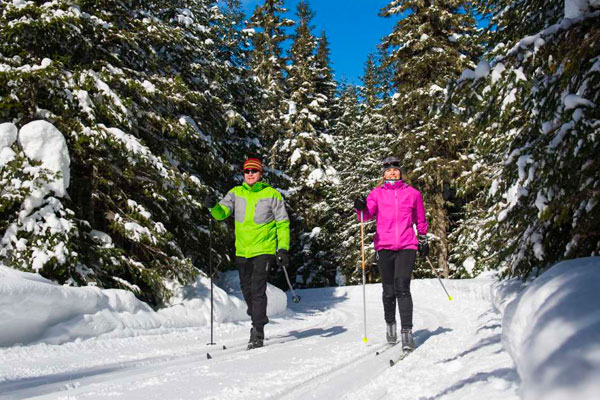 Image de Cross-country skiing: 15% off your season pass.